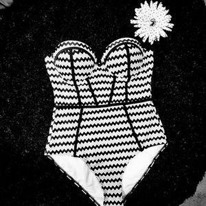 Julla 1 peice Swimsuit